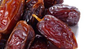 fruit-dried-dates-deglett